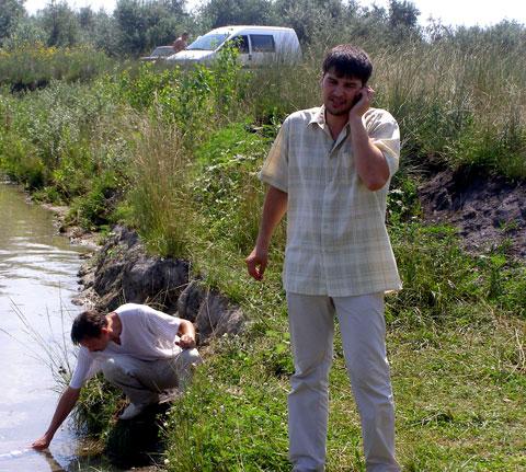 Максим Голосной и Вячеслав Горобец во время рейда на Голубом озере