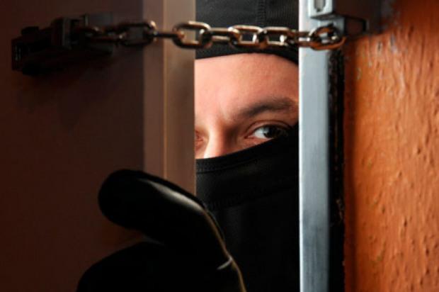 На Дніпропетровщині затримали банду квартирних крадїів