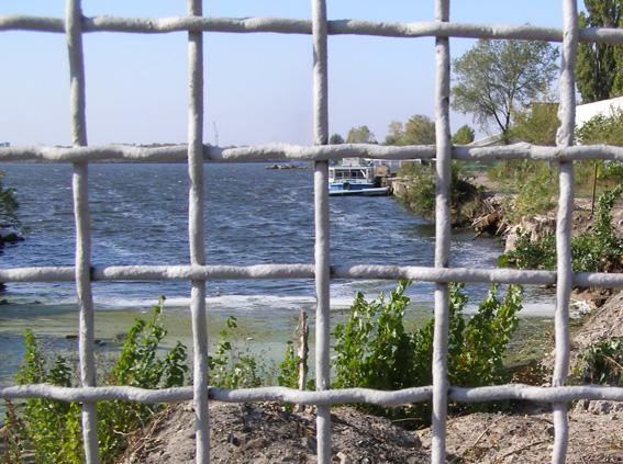Безперешкодного доступу до водойм немає через саботаж правоохоронців, — Голосний