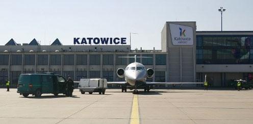 Польща закрила своє небо для українських літаків