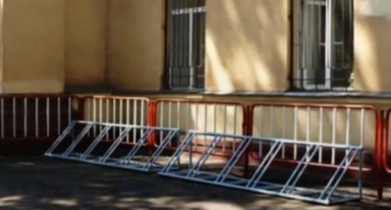 В Днепропетровске появляются велопарковки