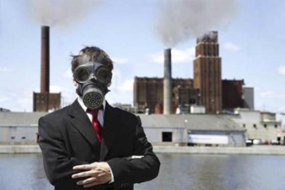 Ахметовская ТЭС дымит, днепровцы задыхаются, а чиновники думают