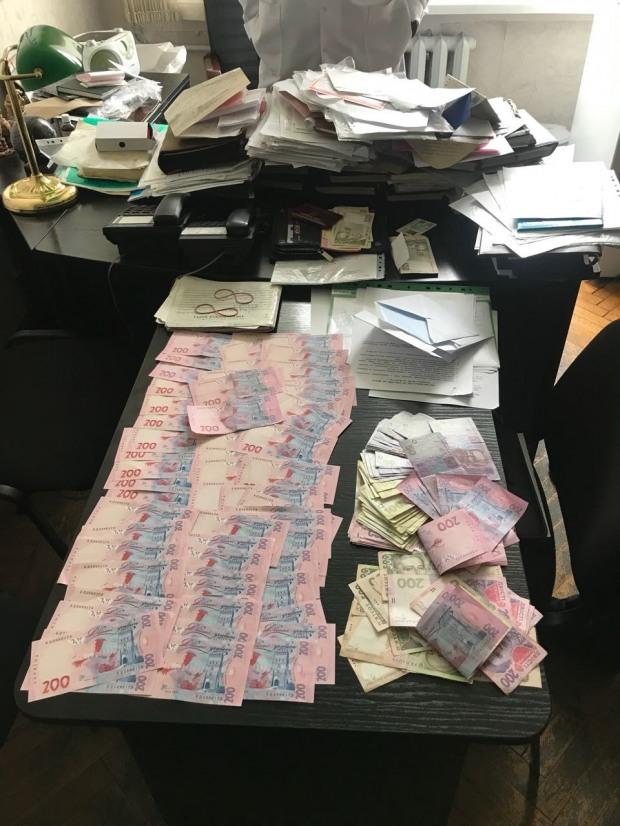 В днепровской медкомиссии при МВД систематически вымогали взятки у будущих полицейских