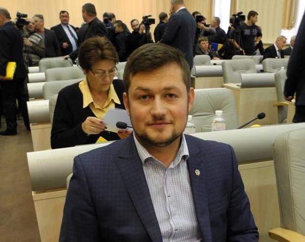 Виборці дякують депутату  Дніпропетровської обласної ради від ВО «Батьківщина» Дмитру Зубрію