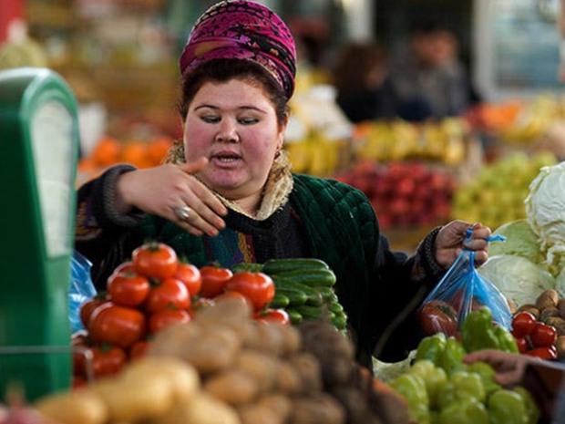 Над чим працює Комісія з контролю за цінами продуктів харчування, медвиробів та нафтопродуктів