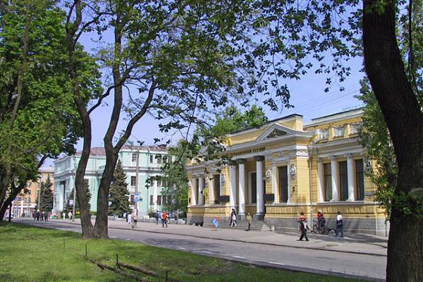 Музей им. Д. Яворницкого приглашает посмотреть уникальные документы