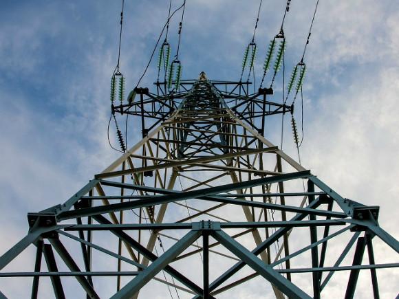 Энергетики предупредили об обесточивании домов в 7 районах Днепра