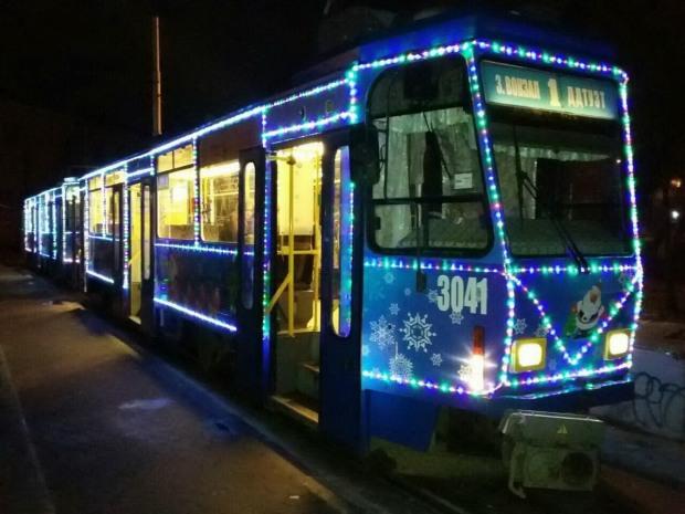 В центре Днепра отменили трамвайную остановку