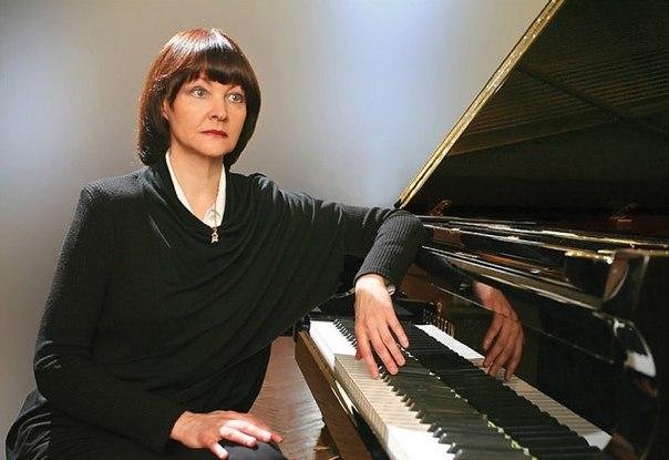 В филармонии Днепропетровска выступит знаменитая украинская пианистка
