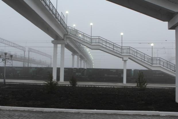 На Днепропетровщине появился мост с подъемниками для инвалидных колясок