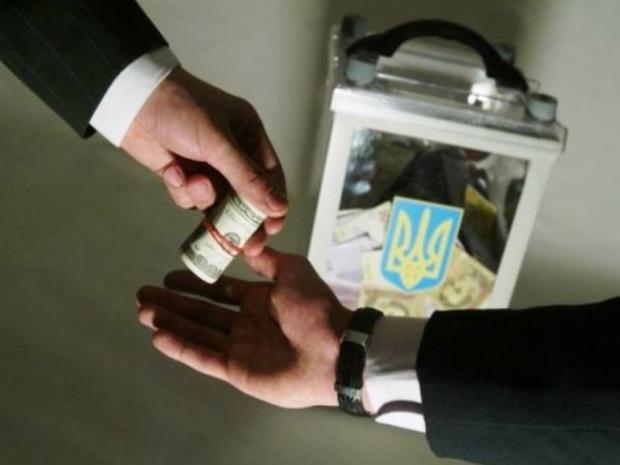 Какие партии установили антирекорд по подкупу избирателей на выборах в ОТГ
