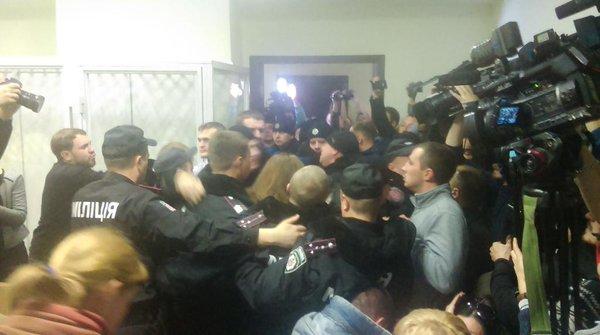 В киевском суде вокруг дела Корбана произошла потасовка