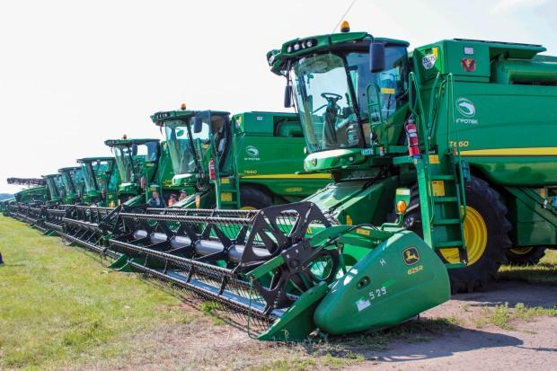 Аграрные предприятия Днепропетровщины приобрели современную технику