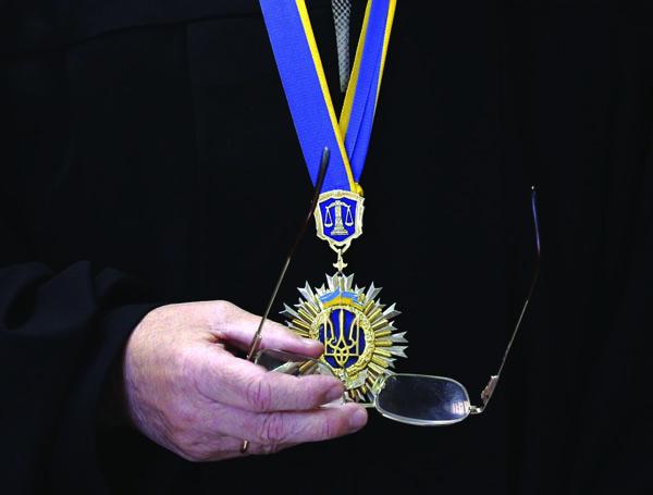 В Евросоюзе ждут объяснений от Высшего совета правосудия: откуда у кандидатов в судьи большие активы
