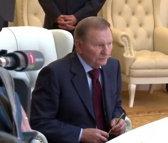 Кучма договорился с боевиками о прекращении огня