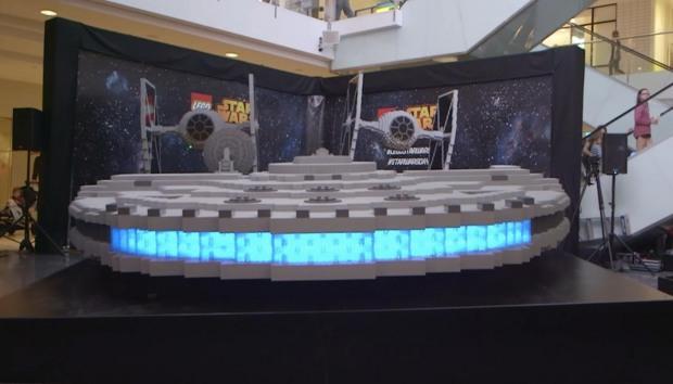 Фанаты «Звёздных войн» построили из Lego гигантские копии кораблей из киносаги