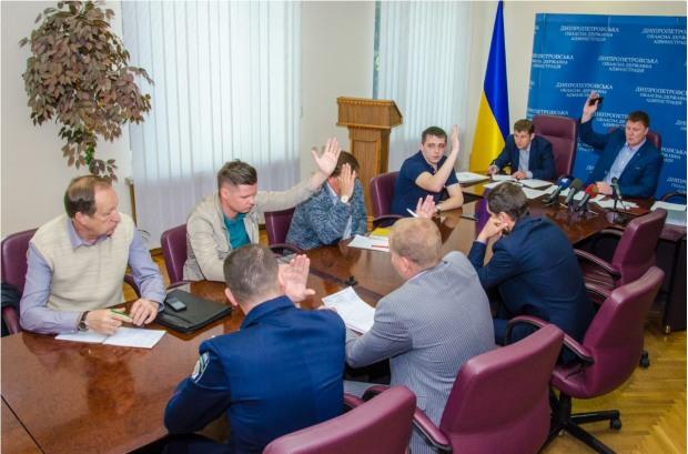 Днепропетровская облгосадминистрация определила перевозчиков на семи маршрутах