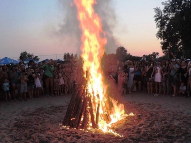 Как разжечь купальский костер и не устроить пожар