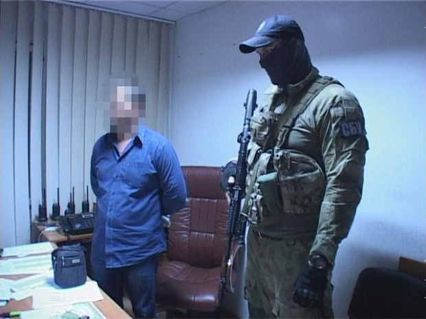 «Оборотни» из полиции Днепра взялись за алкогольный бизнес