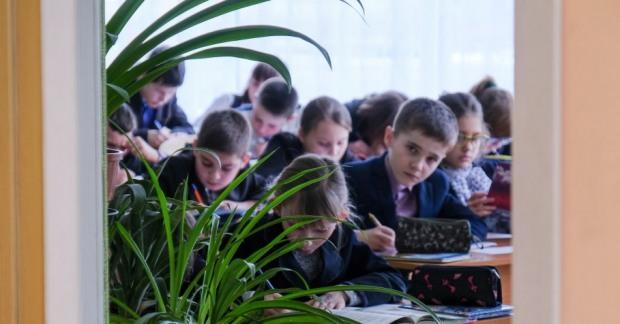 Усі школи Дніпра закрилися на карантин