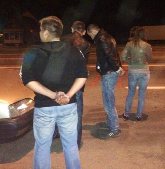 Ночью в Киев из Черкасс пыталась проехать машина с арсеналом оружия