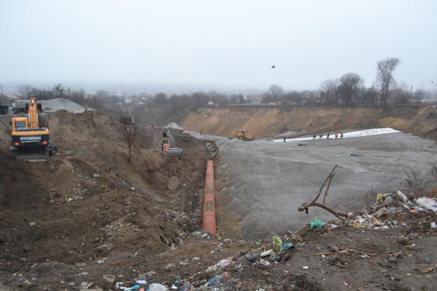 Десантную балку в Днепропетровске укрепит фирма, получившая «строительную лицензию» только в июле