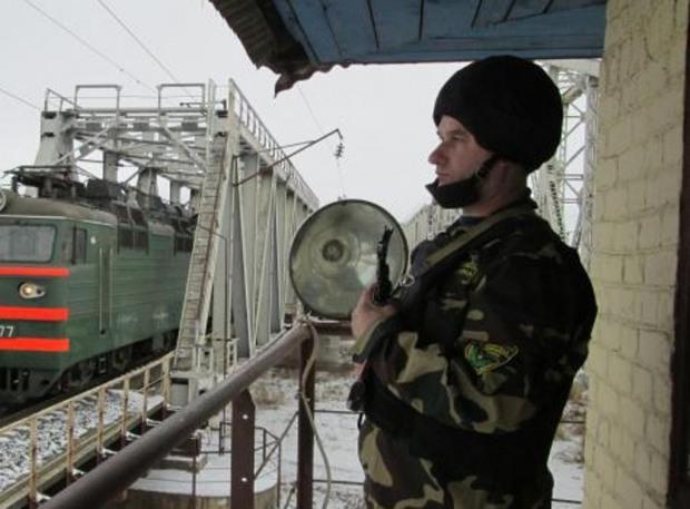 Работникам ВОХР на Приднепровской «железке» приходится вдвое чаще применять оружие