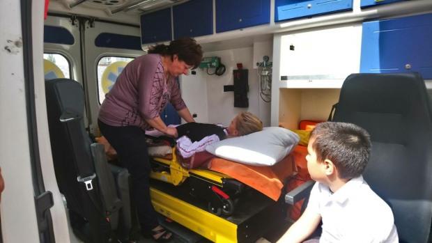 На школьных линейках в Новомосковске и Черкассах детям резко стало плохо