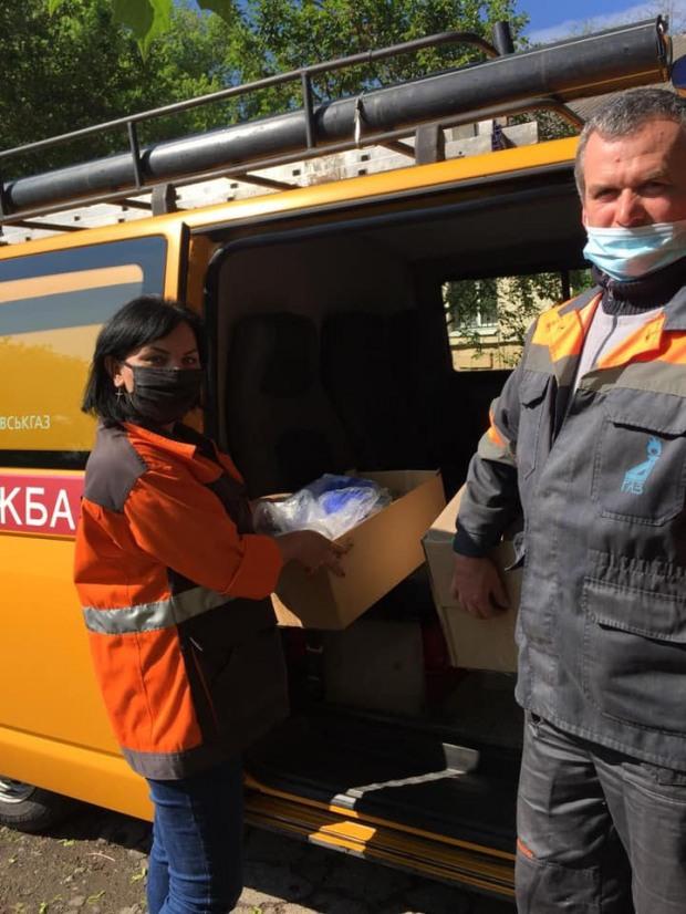 Газовики передали третью партию помощи больницам Днепропетровщины