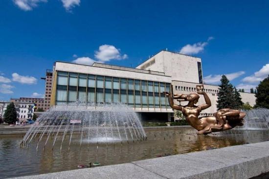 Днепропетровский театр оперы и балета приглашает в октябре