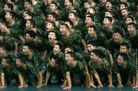 Что-то будет… Китай продолжает стягивать войска на границу с РФ