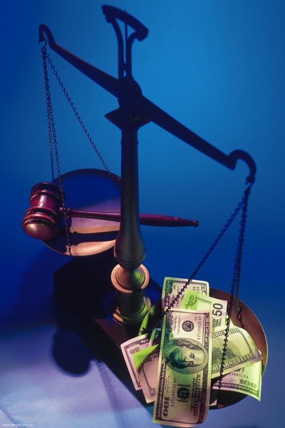 «Оборотень в погонах» «откупился» от коррупции штрафом