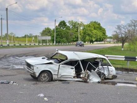 В ДТП на Днепропетровщине погибли три человека, еще двое – в реанимации