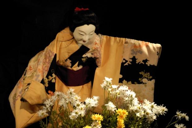 Японские кукольники приглашают на спектакль