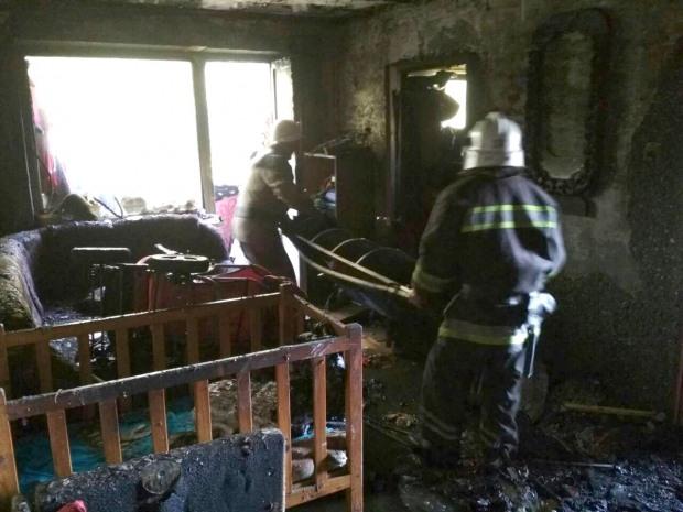 В Павлограде возник пожар в квартире, в которой находилось трое детей