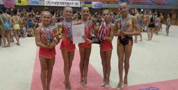 Юные гимнастки из Днепра взяли главный кубок международных соревнований