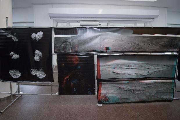 Днепровцев приглашают в горсовет на марсианскую выставку