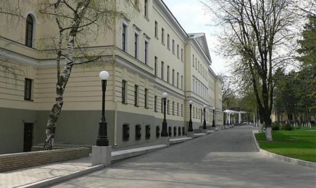 За последние сутки в больницу Мечникова поступило 12 бойцов