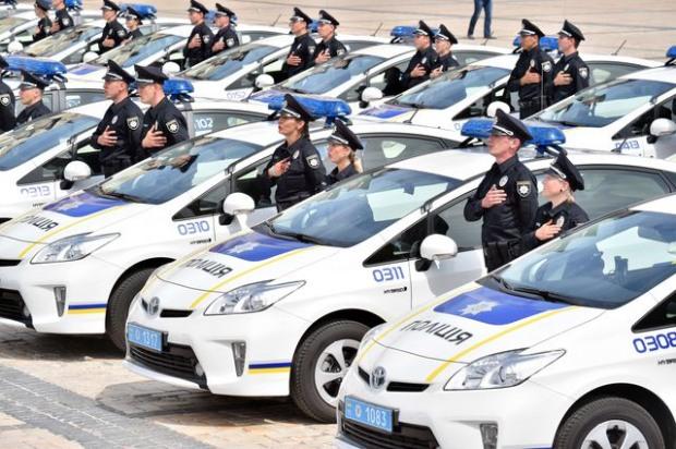 Полицейских Днепра обучают экстремальному вождению для задержания преступников