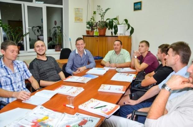 В Днепре проводят бесплатные курсы английского для бойцов АТО