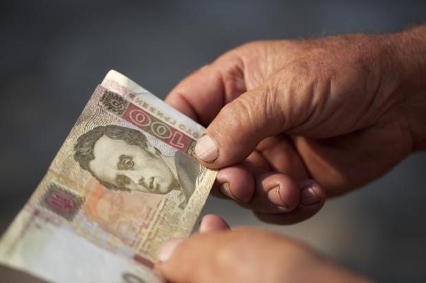 Как и на чем экономят украинцы в 2016 году?