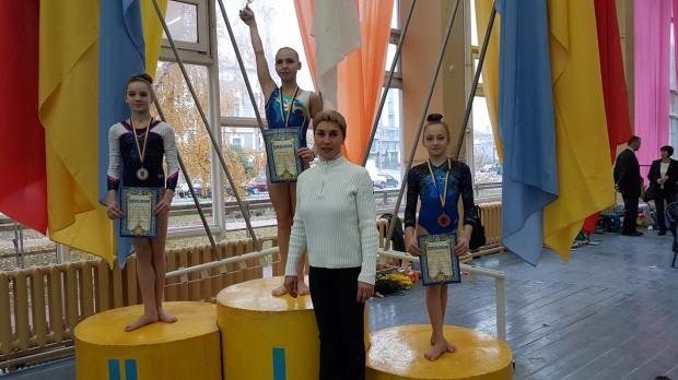 Маленькие днепровские гимнасты взяли серебро