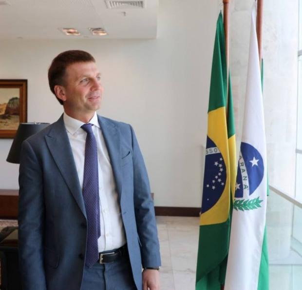Глава Днепропетровского облсовета опровергает, что «получил за Бразилию»