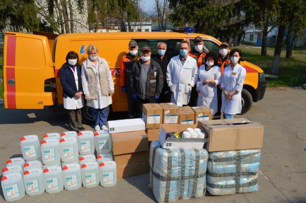 Газовики передали вторую партию помощи медикам Днепропетровщины
