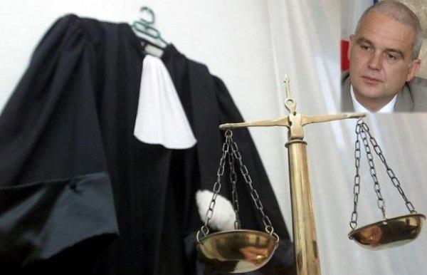 На Днепропетровщине судью-предателя оставили без работы
