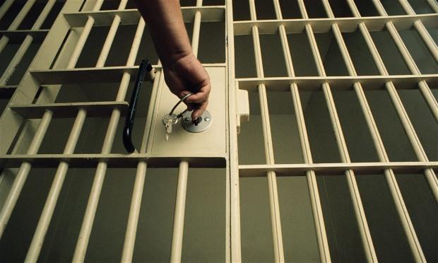 Волонтера-криворожца судят за реабилитационное заключение 14 человек