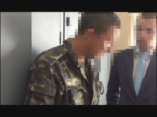 Офицер днепропетровского военкомата за взятку «отмазывал» от призыва