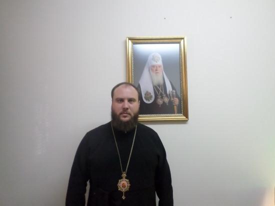 Епископ Днепропетровский и Криворожский Симеон: «Церковь объединят простые  украинцы»
