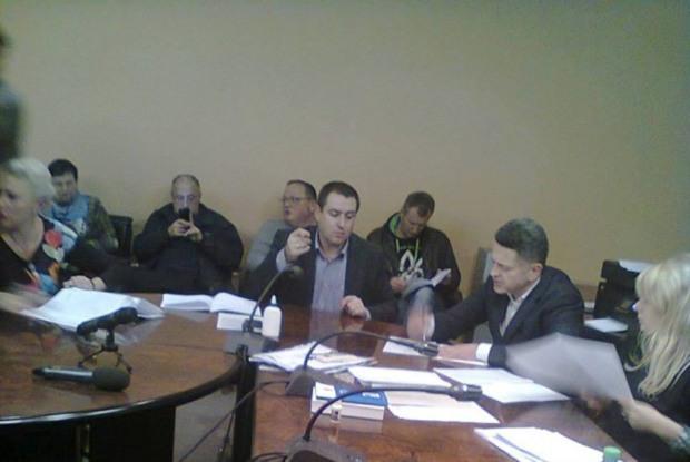 Днепропетровский горизбирком подписал итоговый протокол о подсчете голосов