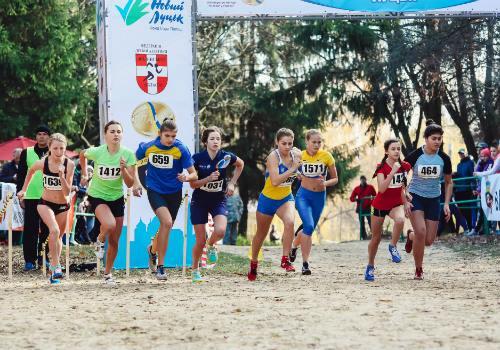 Бегуны Днепропетровска на Чемпионате Украины завоевали шесть медалей